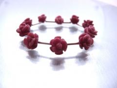 Armband aus Rhodochrositblumen